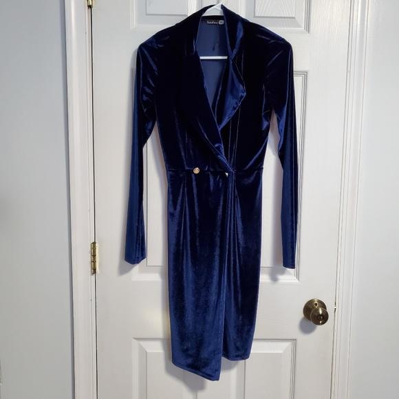 Boohoo Dresses & Skirts - Velvet Dress